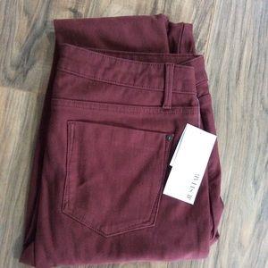 NWT Burnt Red/Burgundy Stretchy Skinny Jeans Sz 31